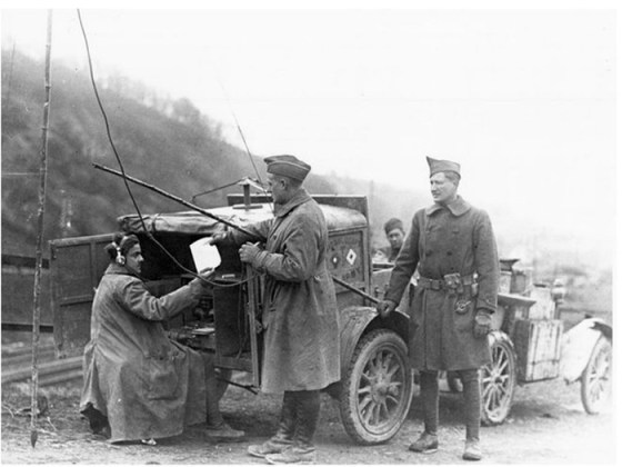 Wireless radio, which was barely more than a decade old by 1914 enabled instantaneous communications for armies. It also allowed enemies to eavesdrop. (Image source: WikiCommons)