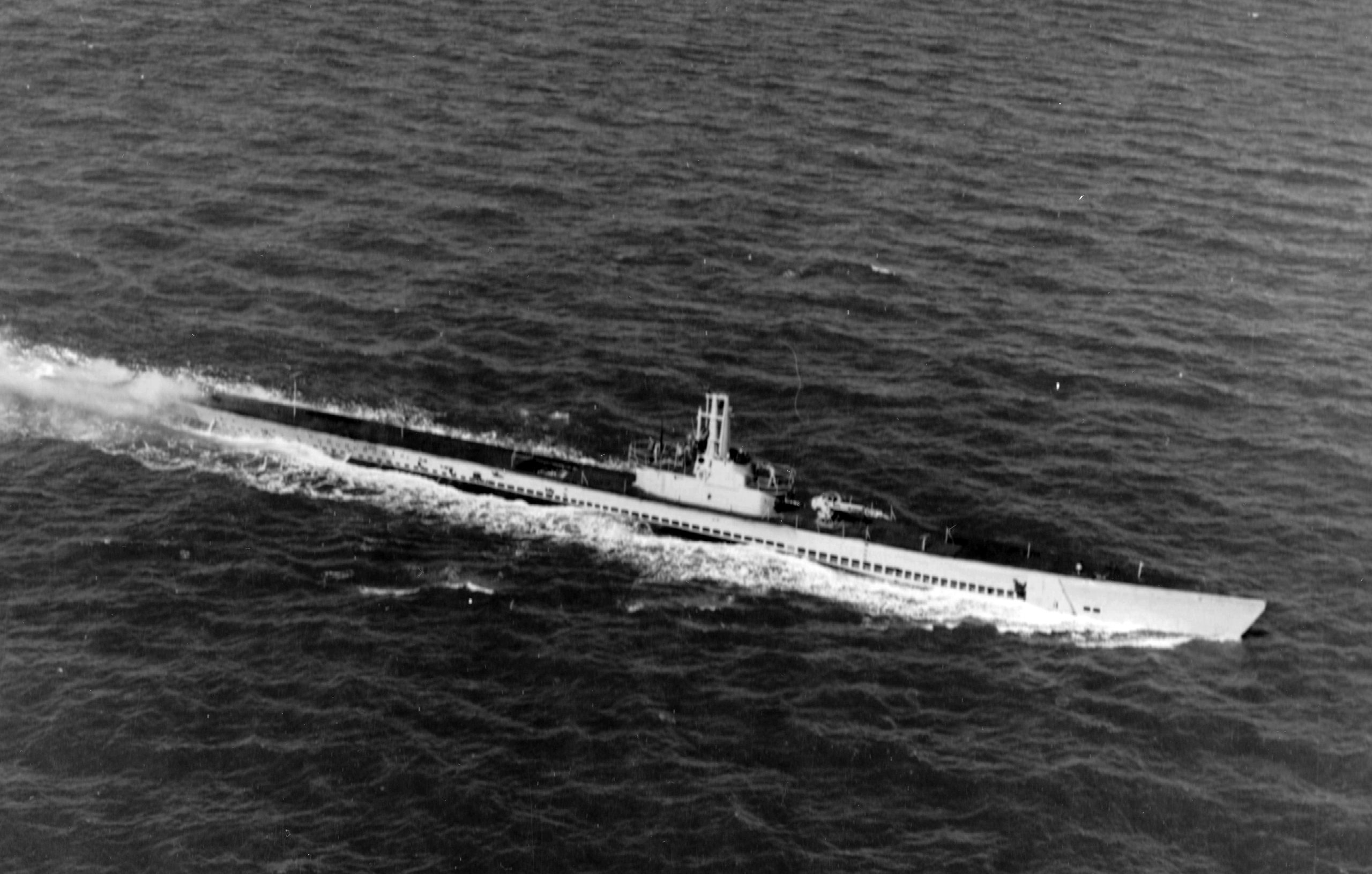 USS Devilfish – The Curious Case of the Only U.S. Navy Submarine to be Attacked by a Kamikaze - MilitaryHistoryNow.com