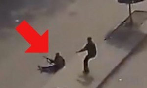 Egyptian Citizens Rushing ISIS Shooter During Terror Attack in Egypt
