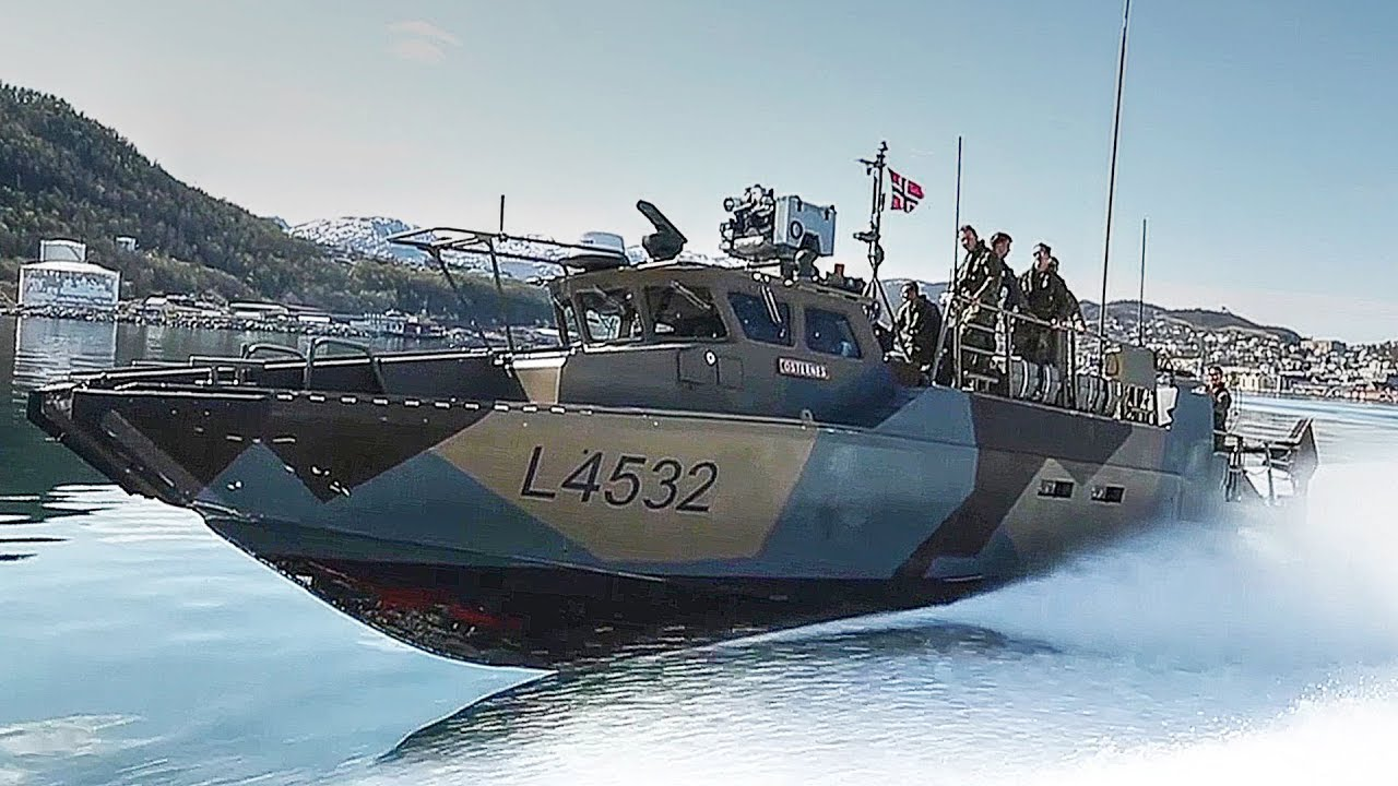 US Marines & Norwegian Kystjegerkommandoen Conduct CB90 Fast Assault Craft Training