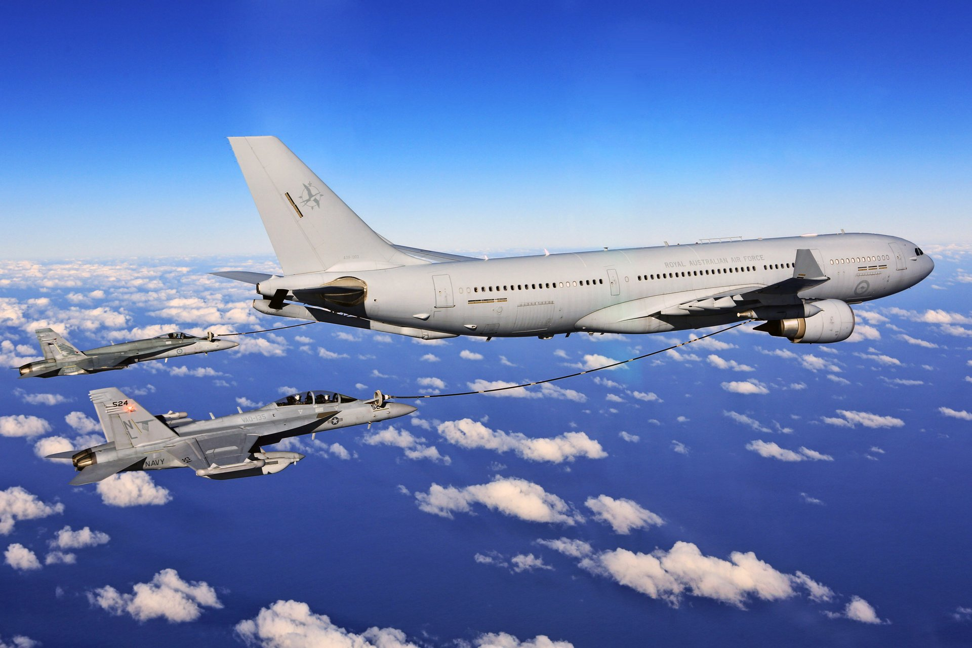 Airbus A330 Multi Role Tanker Transport (MRTT)