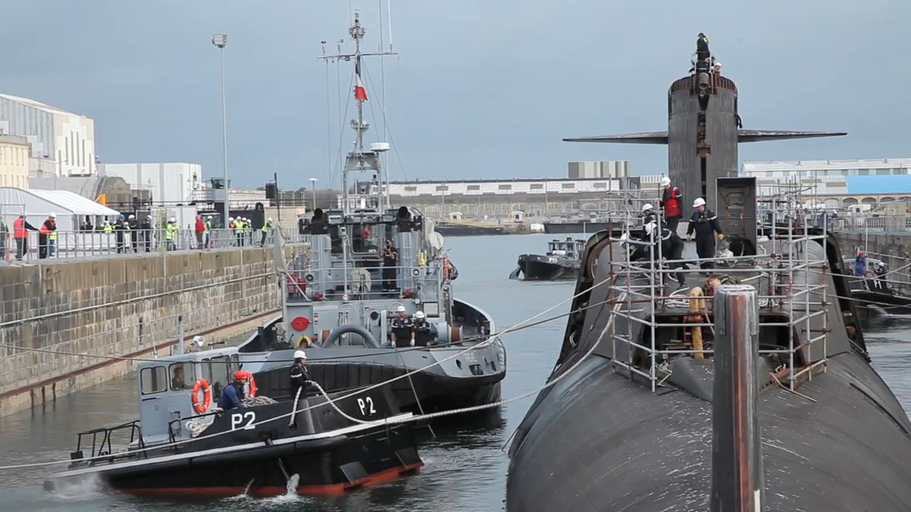 The Deconstruction of the SNLE Le Tonnant Submarine