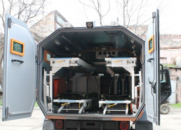 STC Delta Didgori Armoured Medical Evacuation Vehicle (AMEV)