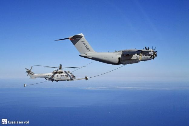 Airbus A400M performs first helicopter air-to-air dry contacts