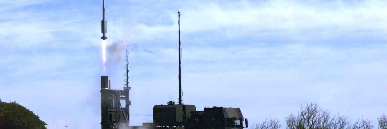 IRIS-T SLS Handed Over to Swedish Air Defence Regiment