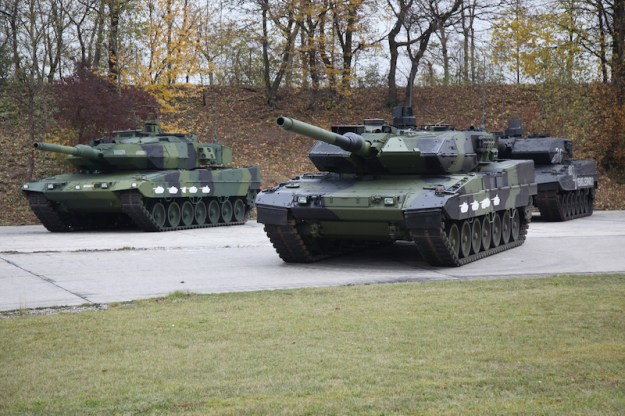 Systems House KMW Celebrates 40 Years of the Leopard 2 Main Battle Tank
