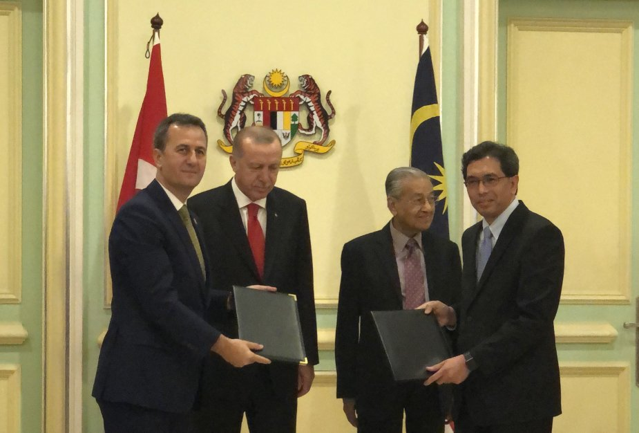 Aselsan has signed a memorandum of agreement (MoA) with Sapura Secured Technologies, a leading defense electronics company in Malaysia, with regards to the transfer of technology of Software Defined Radios (SDR) in conjunction with KL Summit 2019 held in Kuala Lumpur, Malaysia between 18-21 December.