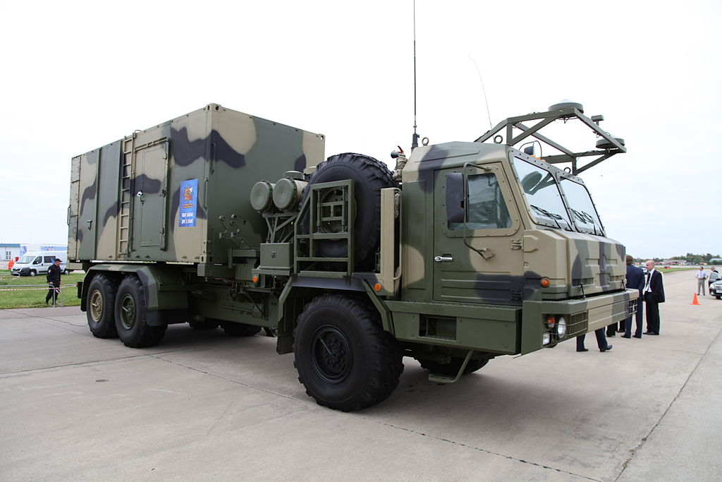 S-350E Vityaz air-defense system - 50K6E command post