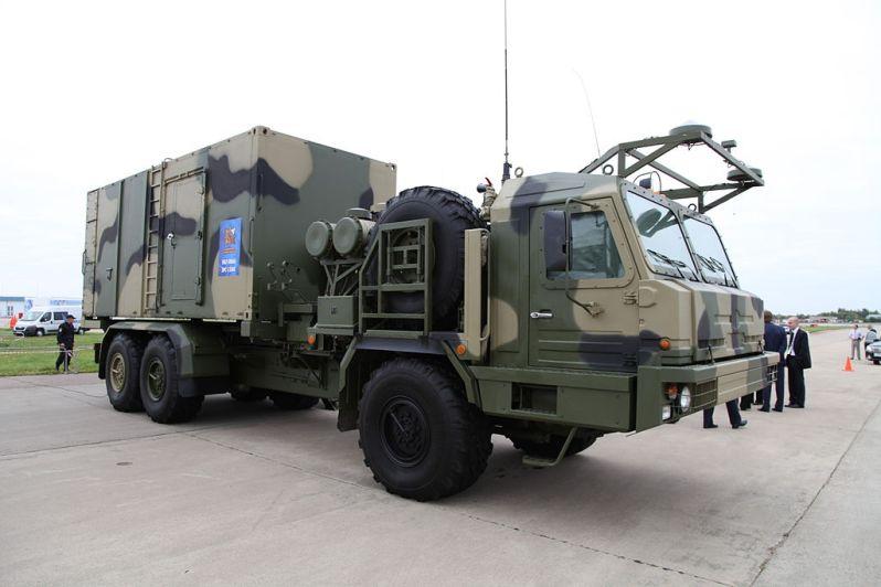 S-350E Vityaz air-defense system - 50K6E command post