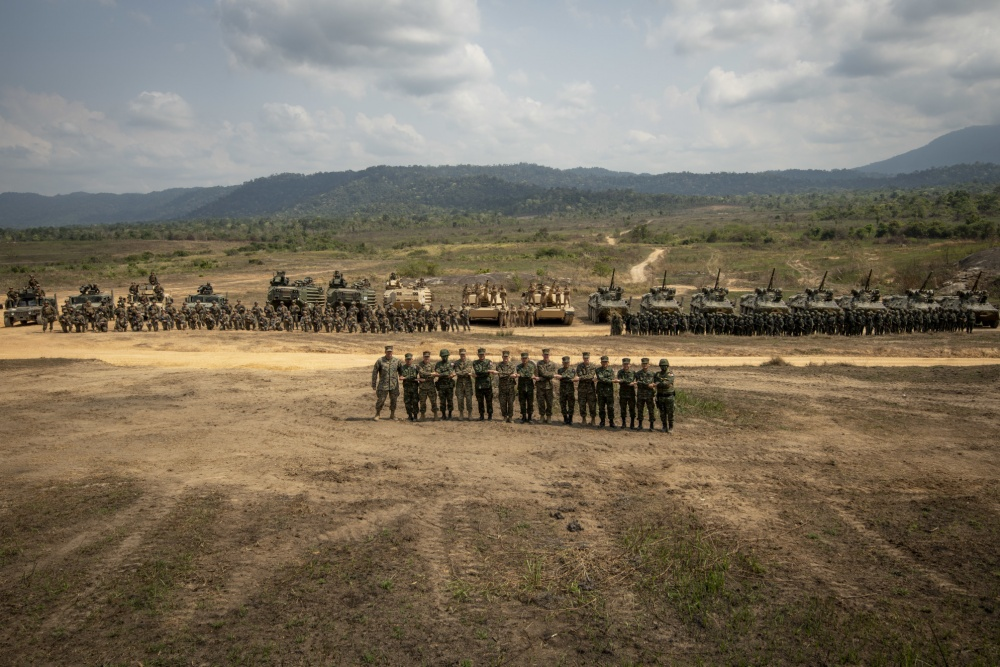 Royal Thai and U.S. Marines pose for a group photo during Cobra Gold 19 at Ban Chan Krem, Kingdom of Thailand, Feb. 20, 2019.