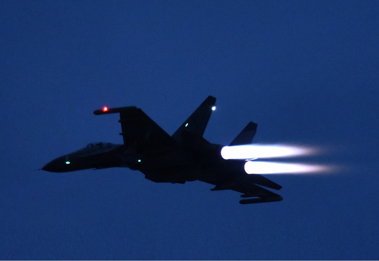 Chinese PLAAF Aircrafts Conduct Rare Night-time Exercises Near Taiwan