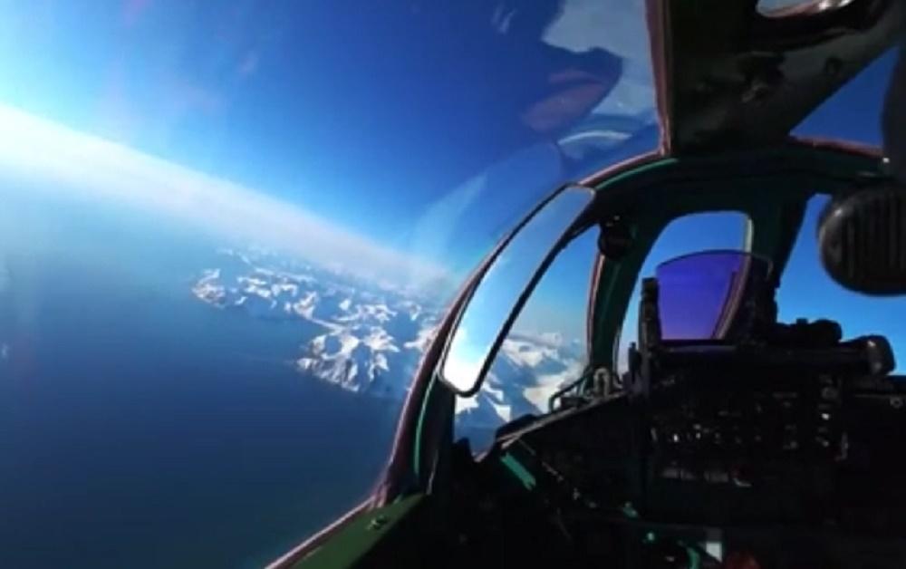 Mikoyan MiG-31 interceptor aircraft