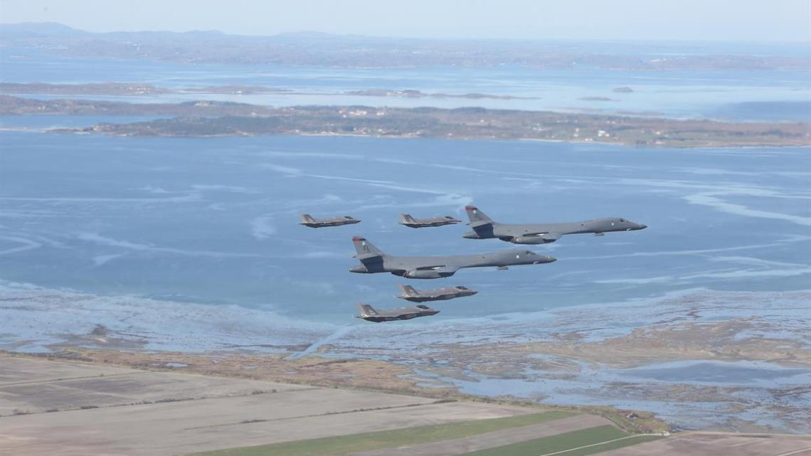 Norwegian F-35s and US Air Force B-1s training together in Norway. Photo by the Norwegian 331 Squadron