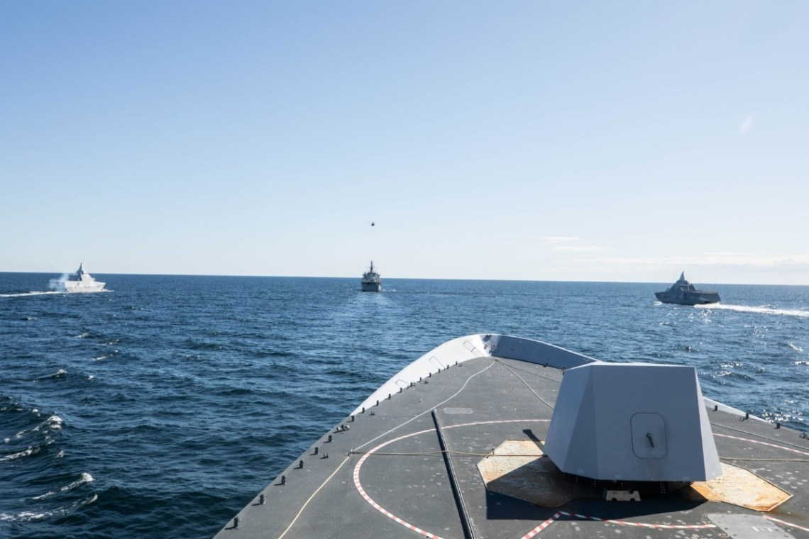 NMG1 flagship HNoMS Otto Sverdrup in formation with Swedish naval vessels and helicopters during exercise SWENEX 20, off the southern coast of Sweden, Baltic Sea, 20 May 2020. Photo by: SNMG1