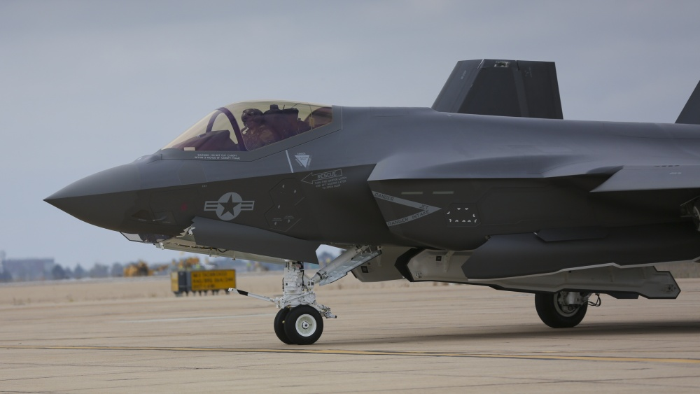 US Marine Corps Receives F-35C Fighters at Miramar Air Station
