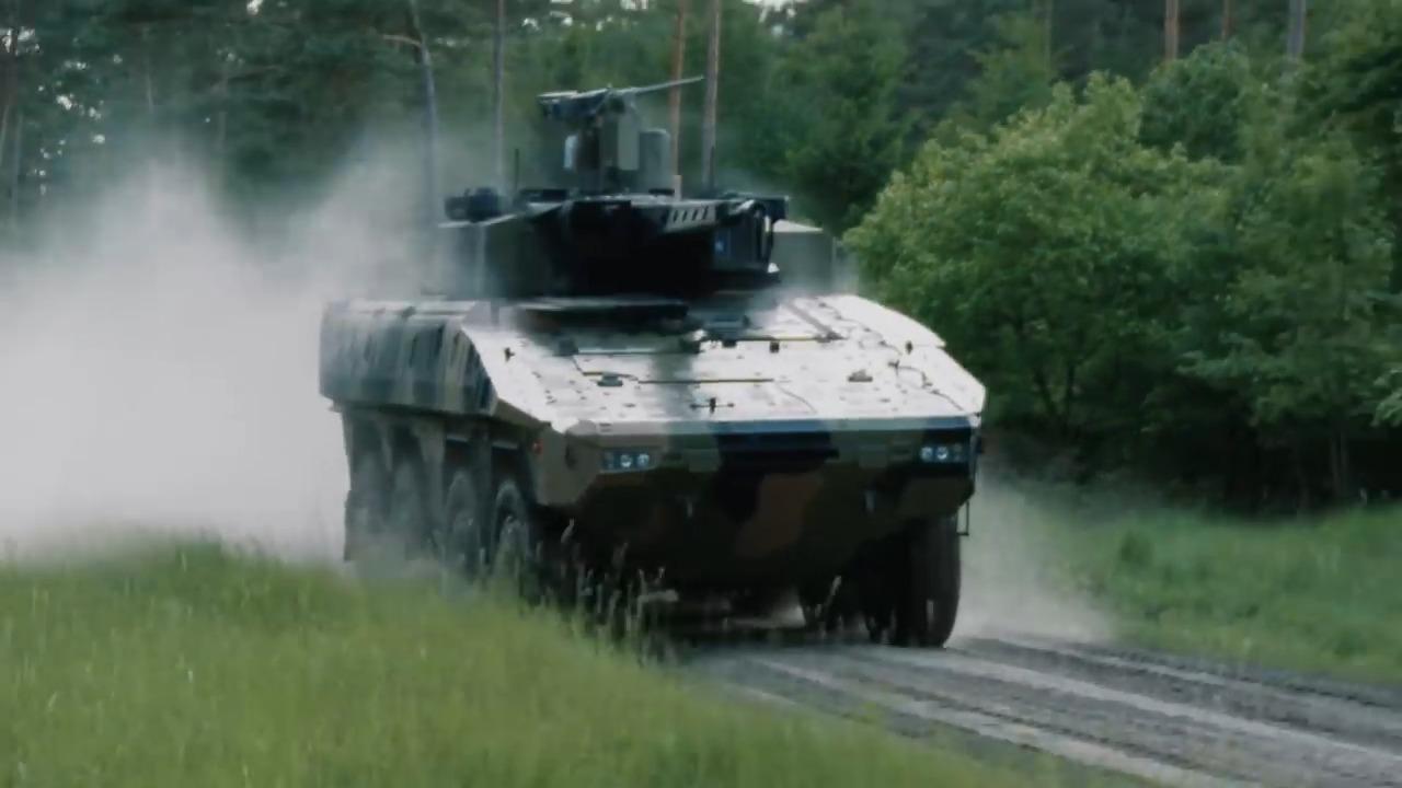 Australian Army Boxer 8x8 Combat Reconnaissance Vehicles (CRV)