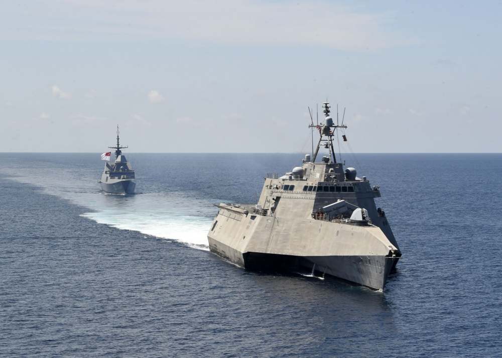 US and Singapore Navies Join in South China Sea Naval Exercises