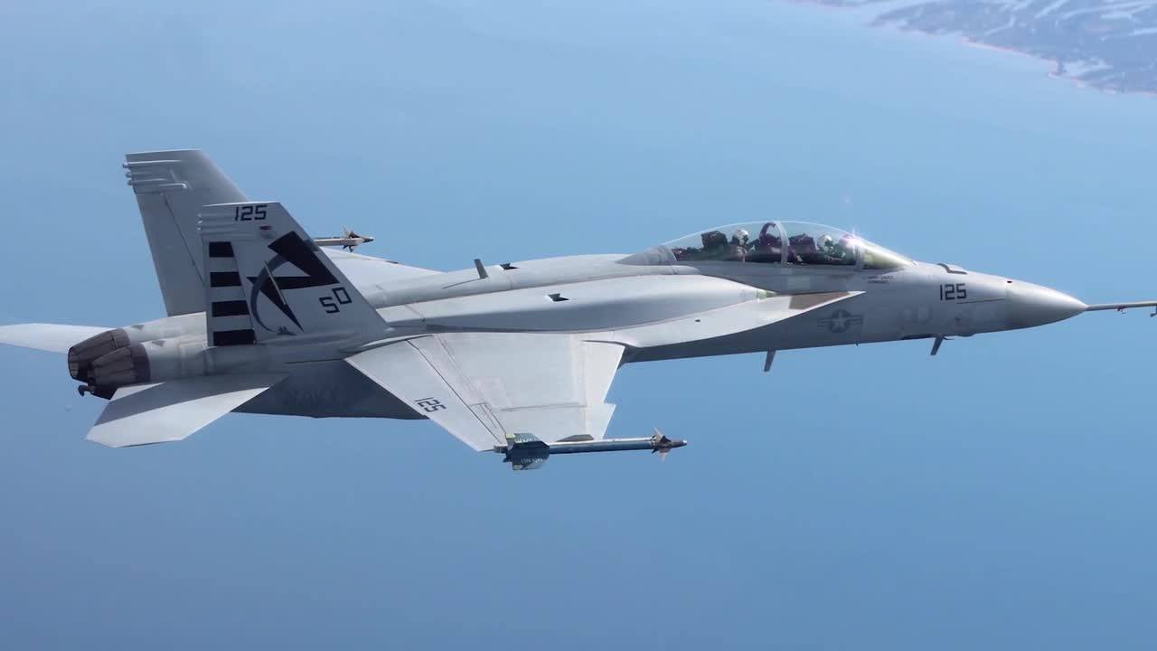 US Navy Takes Delivery of First Super Hornet Block III Test Aircraft