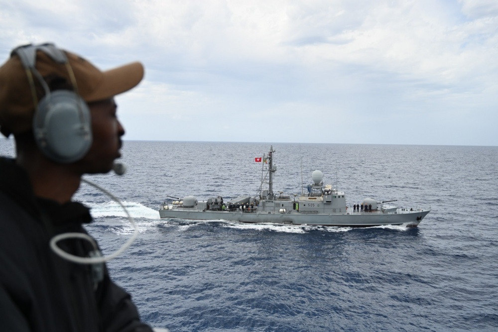 US Navy USS Porter Executes Passing Exercise with Tunisian Navy