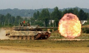K2 Black Panther firing its cannon