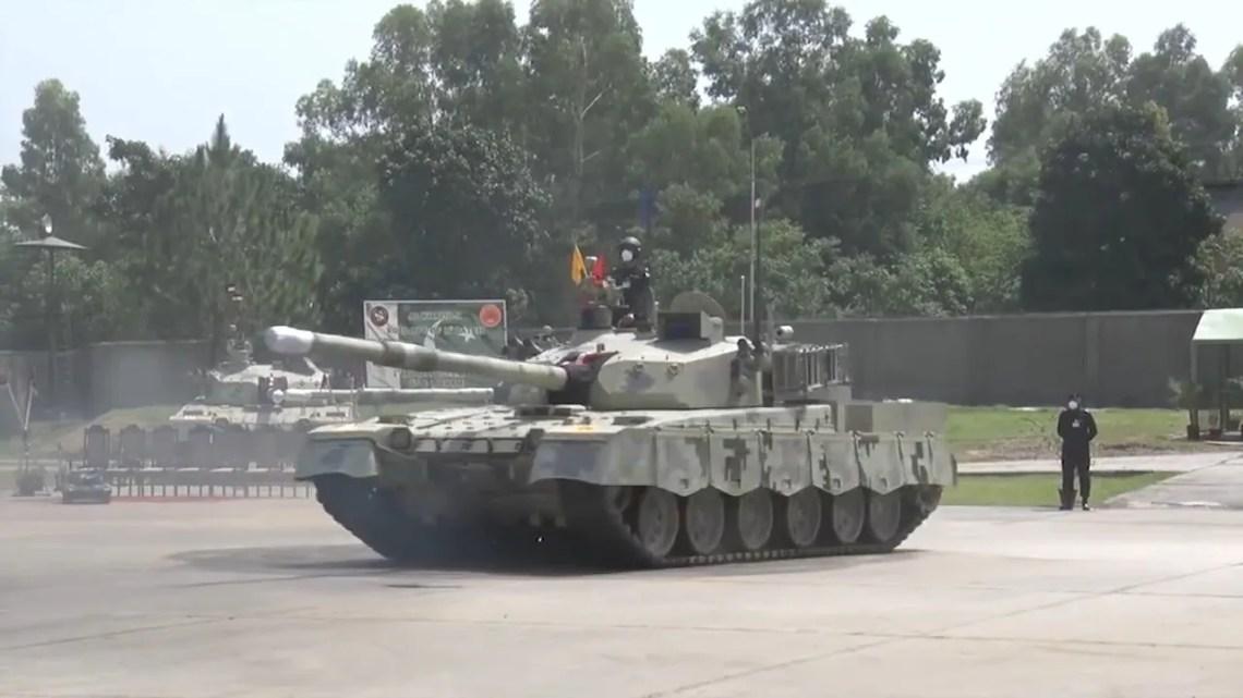 Pakistan Army Gets Upgraded Al-Khalid-1 Main Battle Tanks