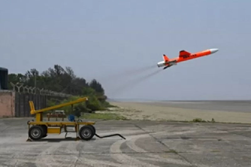 India Flight-Tests Abhyas High-Speed Expendable Aerial Target (HEAT)