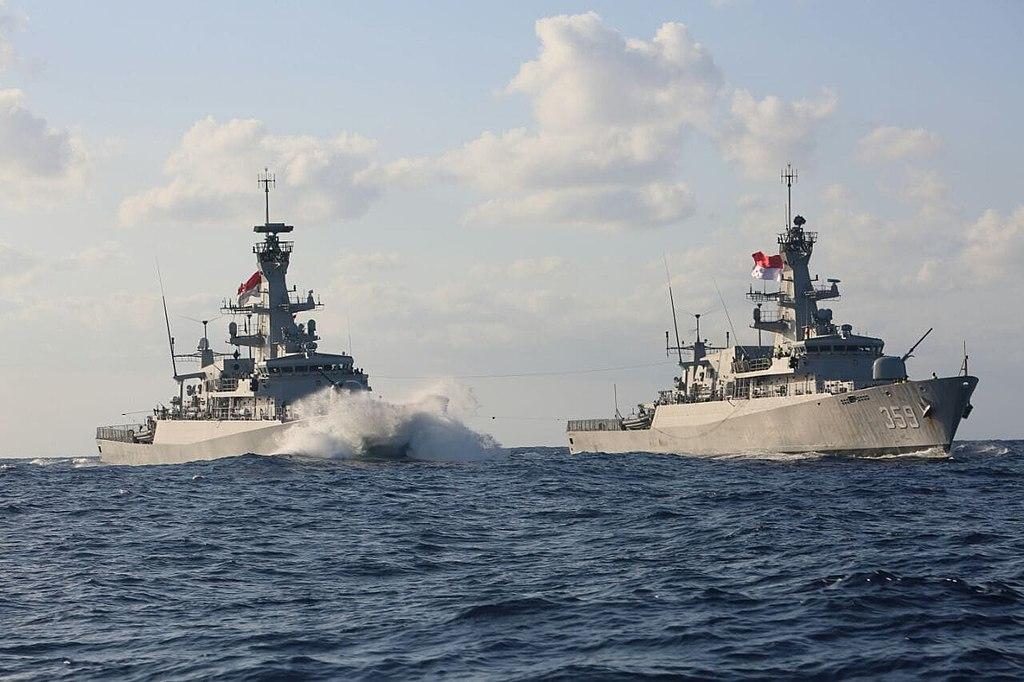 KRI Bung Tomo (357) and KRI Usman Harun (359) steams along the Mediterranean sea.