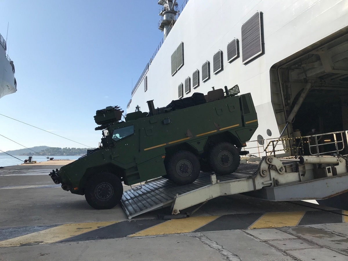 Griffon Multi-Role Armored Vehicle Boarding Tests Aboard the Amphibious Helicopter Carrier Mistral