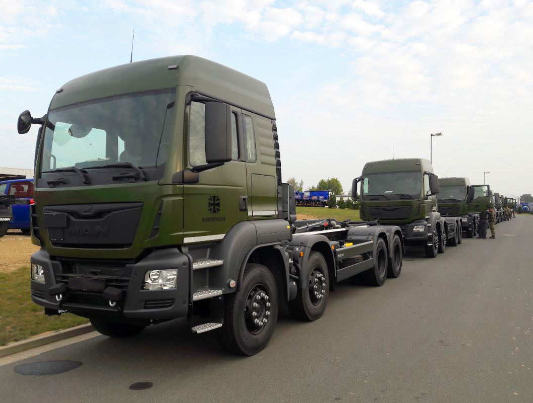 Rheinmetall to Supply German Bundeswehr with 342 Roll-off Tipper Vehicles