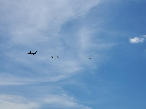 Brazilian Air Force Embraer C-390 Millennium Performs First Paratrooper Launch