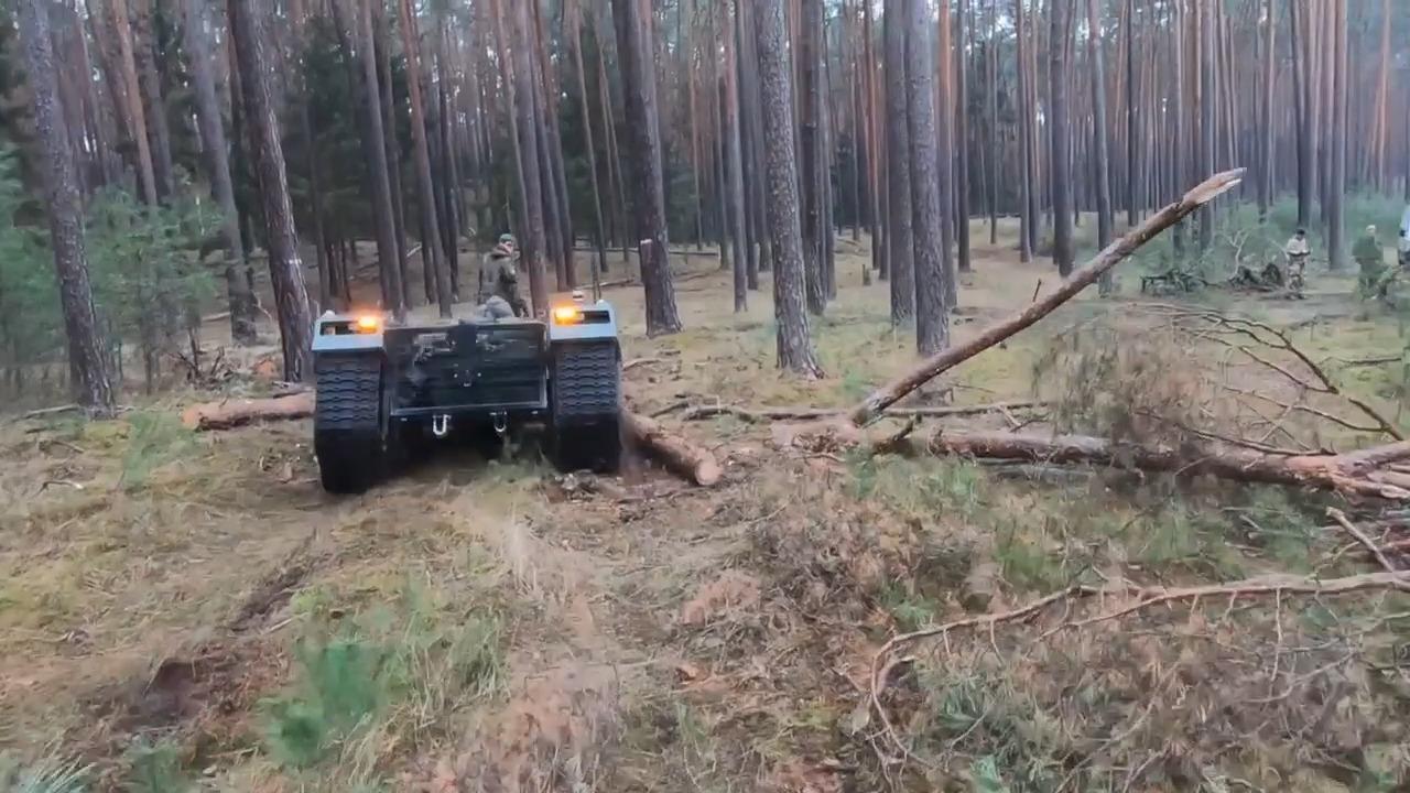 Bundeswehr Tests THeMIS Unmanned Ground Vehicle