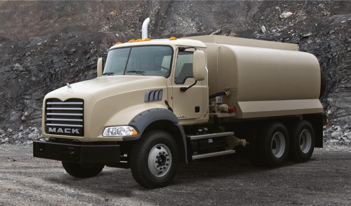 Mack Defense Granite Water/Fuel Tanker