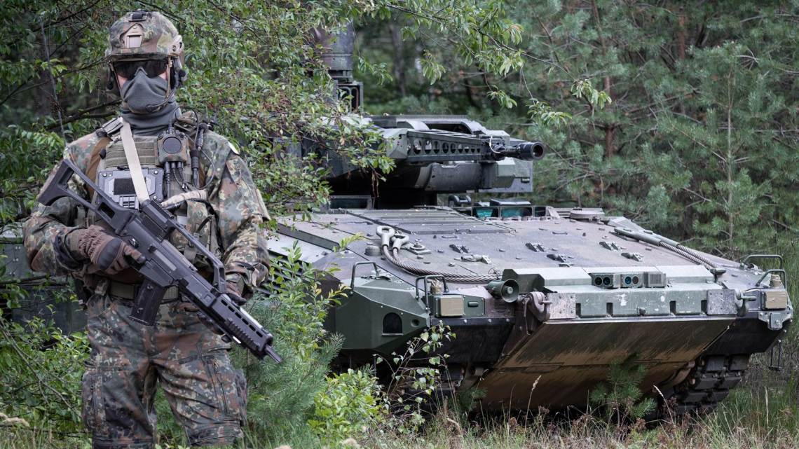 "German Army Declares ""System Panzergrenadier"" Fit to Fight"