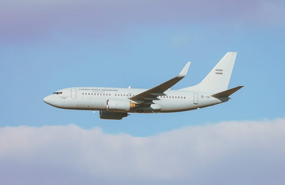 Argentine Air Force Receives Boeing 737-700 Aircraft
