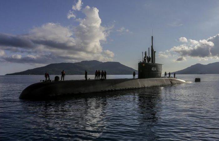 Indonesian Navy Submarine KRI Ardadedali Arrives at Ranai Naval Base, South South China