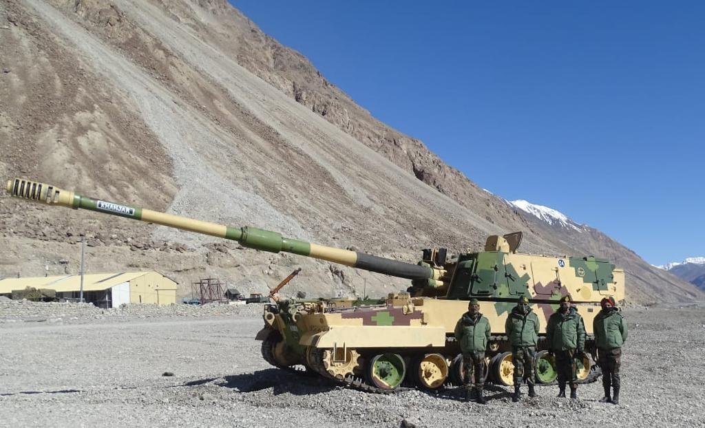 Indian Army Deploys K9 Vajra Self-propelled Howitzers in Ladakh for High Altitude Operations