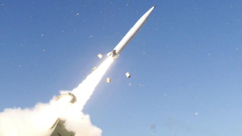 The Lockheed Martin's next-generation long-range Precision Strike Missile (PrSM) launches from a HIMARS in its first test demonstration.
