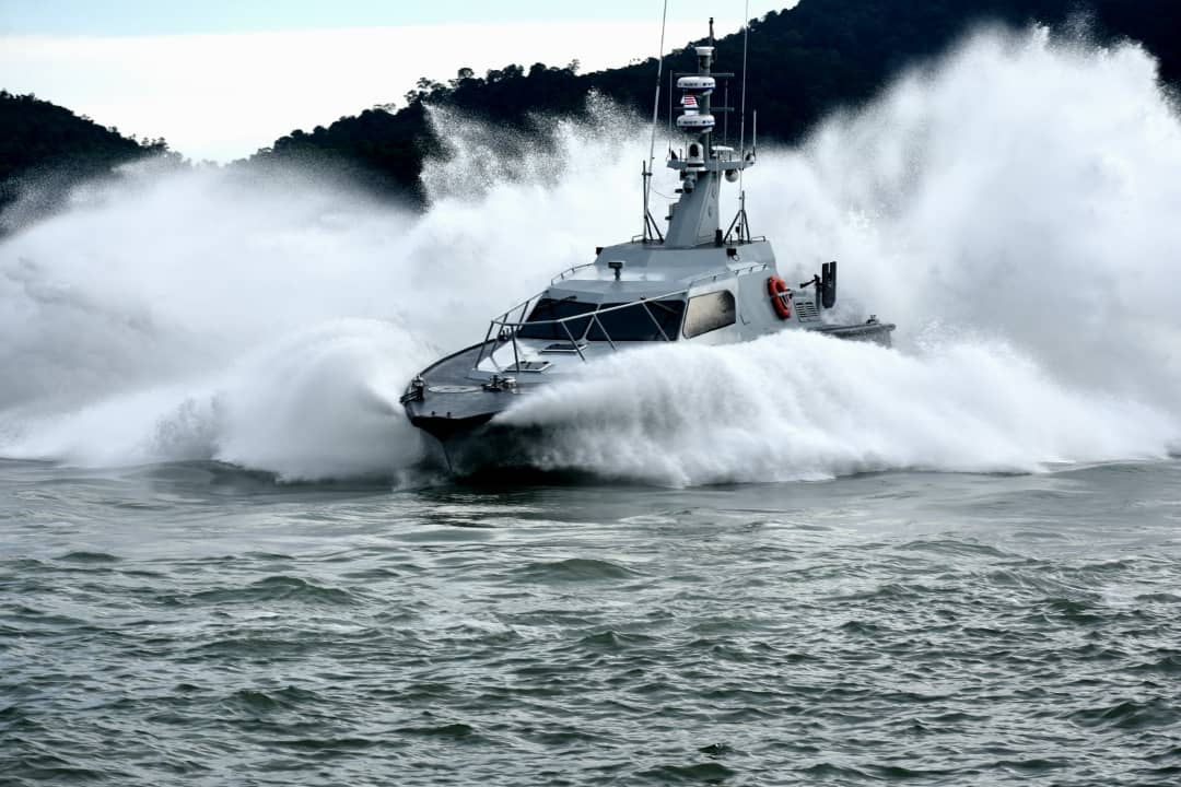 Royal Malaysian Navy to Get 13 More Fast Interceptor Craft 18M