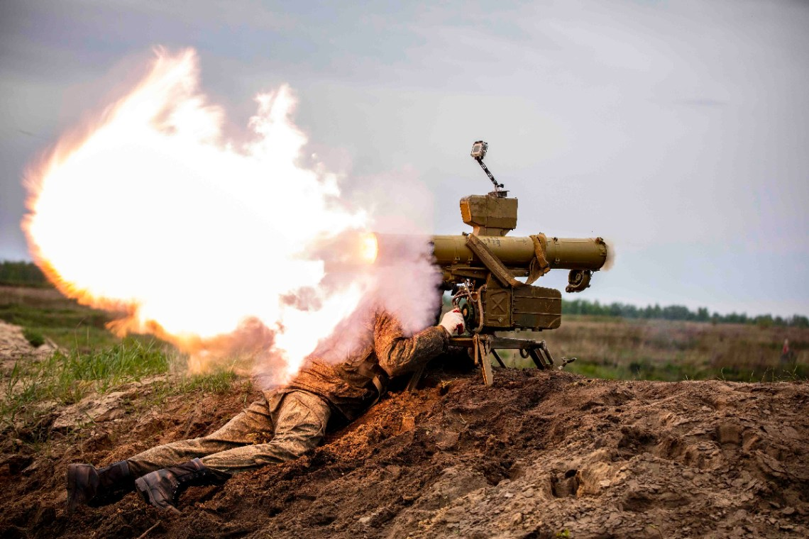 Russian Western Military District Live-fire Test of Fagot Anti-tank Missile