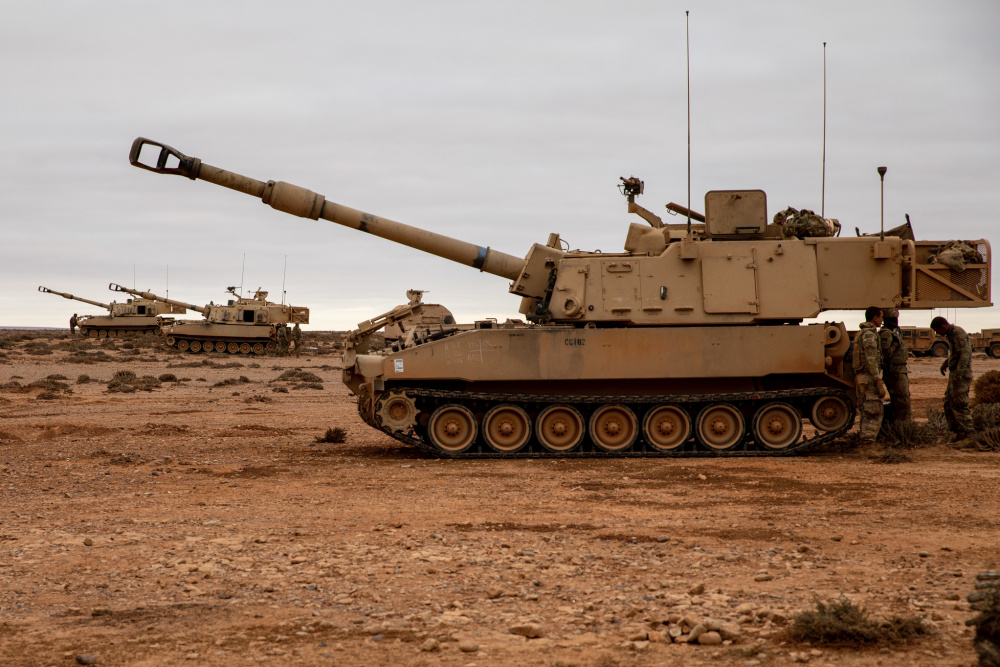 Georgia Army National Guard M109A6 Paladin Howitzers Completes Multinational Night Live-fire