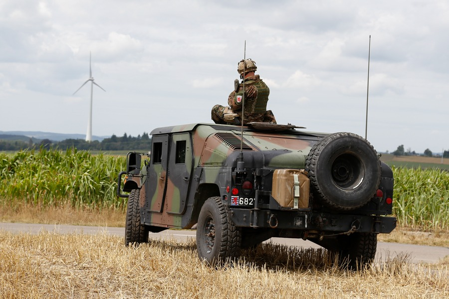 Luxembourg Army High-Mobility-Multipurpose-Wheeled-Vehicle (HMMWV/Humvees)