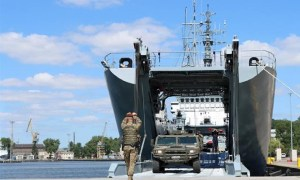 NATO's Multinational Division North East Strenghtens Links with Polish Navy