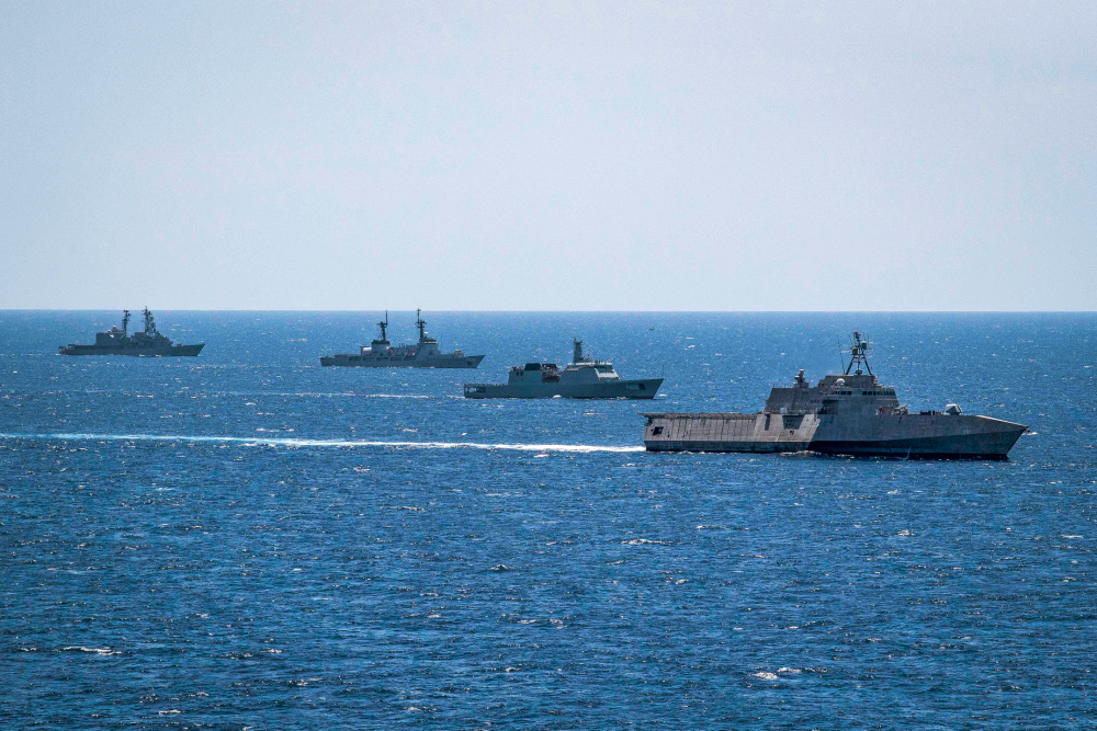 CARAT Sri Lanka Concludes Following Multilateral Training Operations at Sea