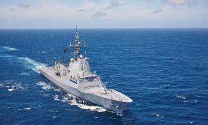 Royal Navy HMAS Sydney (D48) Airwarfare Destroyer Returns to Garden Island, Sydney