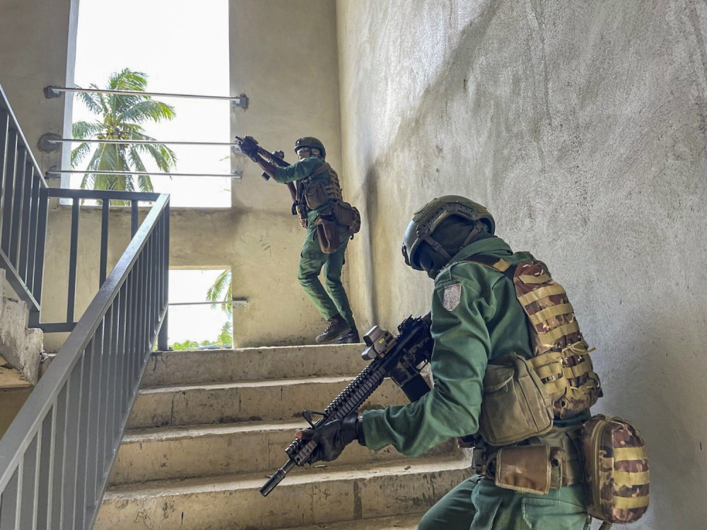 U.S. and Côte d'Ivoirian special operations forces focused on honing basic skills such as close quarters combat, first aid, mission planning and jungle warfare.