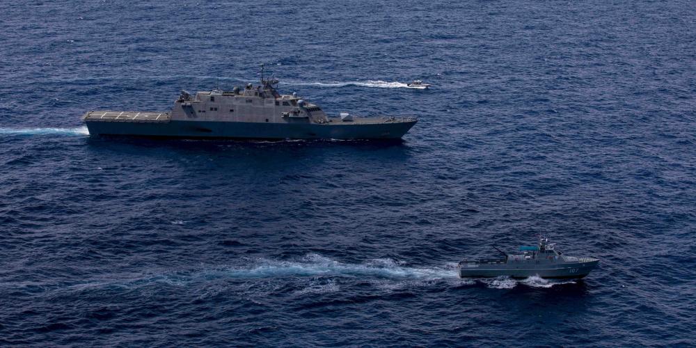 US Navy USS Billings and Dominican Republic Navy Patrol Boats Strengthen Bonds