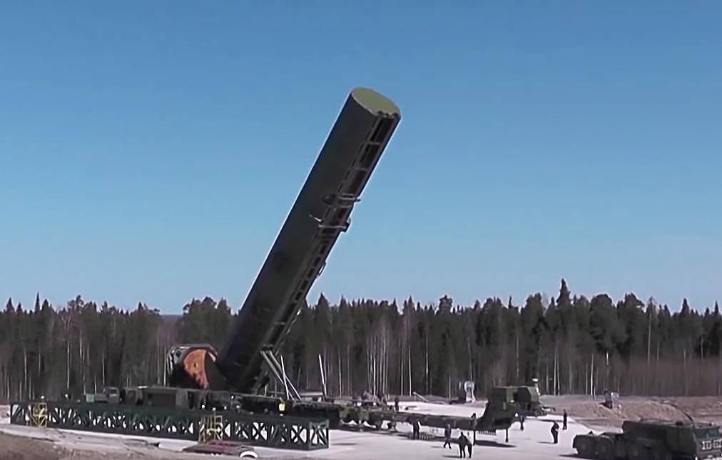Russia to Start Flight Tests of RS-28 Sarmat Intercontinental Ballistic Missile (ICBM)