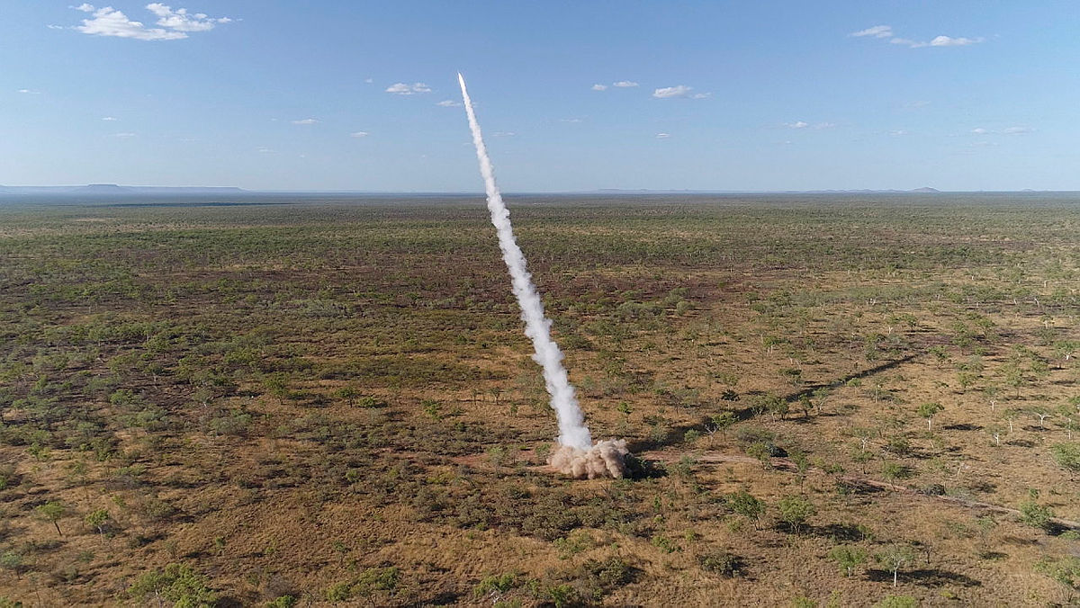 Australian Defence Force and US Marine Rotational Force – Darwin Combine for Live-fire Mission