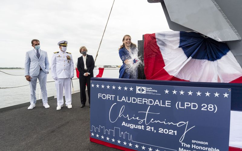 Huntington Ingalls Industries announced that its Ingalls Shipbuilding division christened amphibious transport dock Fort Lauderdale (LPD 28).