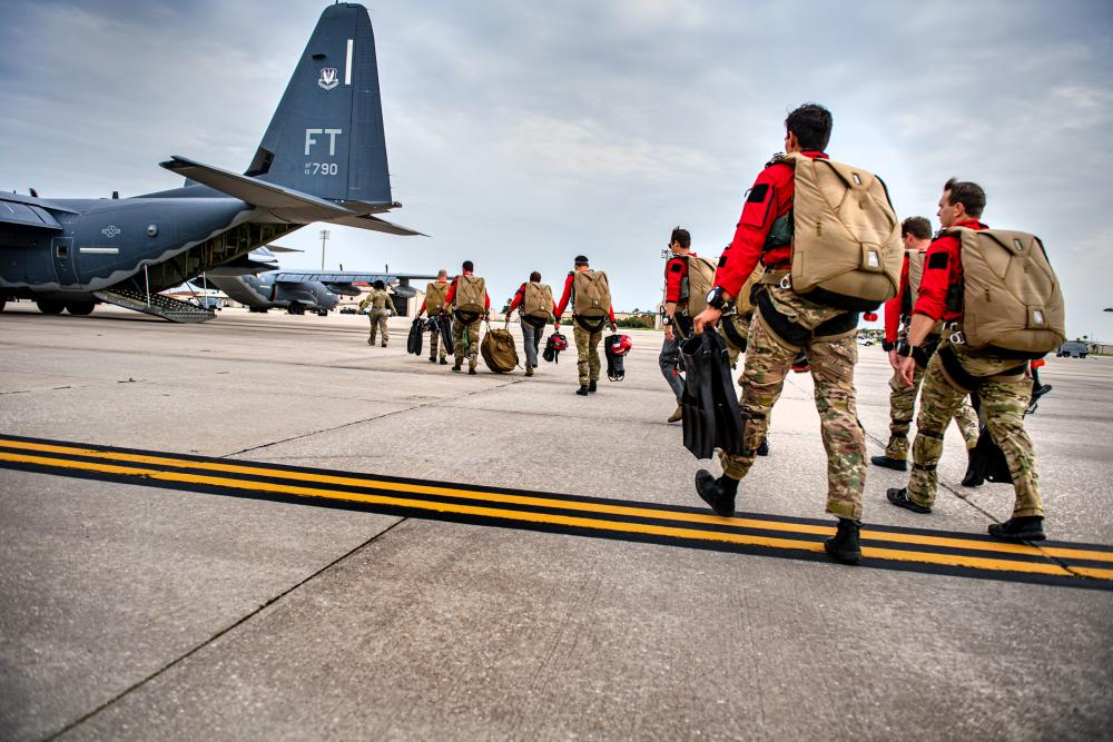 US Air Force 38th Rescue Squadron Blue TeamTrains to Support SpaceX and Boeing